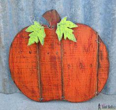 Rustic pallet pumpkin - pattern and tutorial