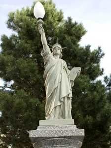 Réplique de la statue de la Liberté à St-Etienne. Loire