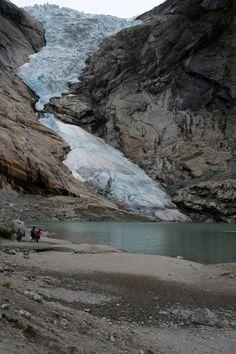 Noorwegen- Jostedalsbreen gletsjer . Samen gletsjer beklommen. Prachtig mooi!