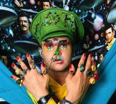 Leigh Bowery, an example of queer art & avant garde fashion Queer Fashion, 80s Fashion, Leigh Bowery, Blitz Kids, Avant Garde Artists, Stranger Things Steve, Queer Art, Film Inspiration, Club Kids