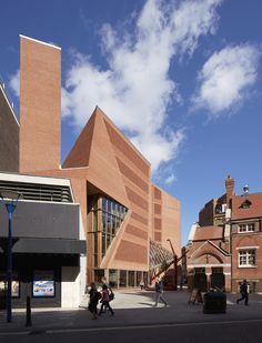 LSE Student Centre – O'Donnell + Tuomey