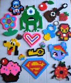 Sesión Hamma Beads Perler Bead Designs, Hama Beads Design, Iron Beads, Pearler Beads, Beading Patterns, Needlework, Creations, Girly, Kids Rugs