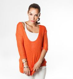 Orange trend on the blog! Top from F.A.V.  pants from Lexington. Pullover, Orange, Sweaters, Blog, Pants, Inspiration, Tops, Fashion, Trouser Pants