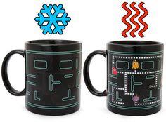 Una taza para cualquier geek que pretenda desayunar con mucho estilo. Una taza que cambiará con sólo colocarle el café o el té caliente dentro. Se trata de l...