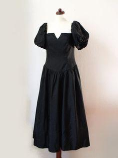 Vintage Party Dress  1980's Dress  Black  von PaperdollVintageShop, €29,90