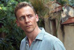 Siendo sinceras, descubrir que hay vida más allá de Loki nos ha hecho caer rendidas a los encantos de este actor británico... ¿Quieres dejarte seducir por Tom Hiddleston? #ellos #hombres #sexy #guapos
