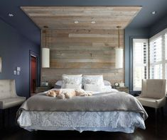 Reclaimed Wood Headboard Diy Inspiration Ideas for Transitional Bedroom with Wood Walls - Whats on Bedrooms Green Bedroom Colors, Calming Bedroom Colors, Bedroom Color Schemes, Blue Bedroom, Bedroom Modern, Soothing Colors, Relaxing Colors, Master Bedrooms, Reclaimed Wood Headboard