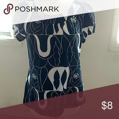 Size small peasant top Navy and white abstract pattern Apt. 9 Tops Blouses