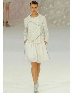Paris FW'12, Chanel. As much as I cannot stand Carl Lagerfeld, I loooove this look