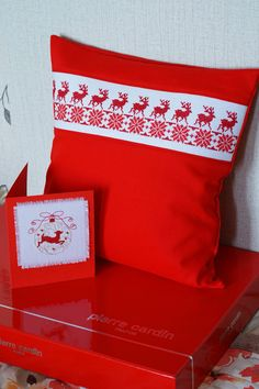 Подушка Online Business Plan, Business Planning, Gift Wrapping, Cushions, Throw Pillows, How To Plan, Christmas, Handmade, Gifts