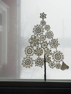 INSPIRATION: A HAND-MADE CHRISTMAS
