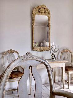 Swedish Furniture - Master Henriks