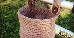 Hello!! I share with you in this post the pattern for the basket I crocheted for my son's walking bike (with no pedals). He loved going...