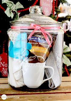 Give the gift of comfort! This and other fun ideas for gifts in jars :-)