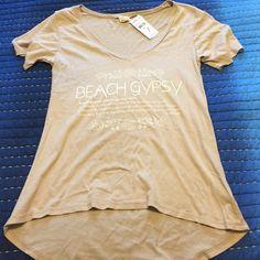 O'Neill Beach Gypsy Tee NWT• O'Neill Beach Gypsy Tee • Super soft • Cute saying • Size XSmall (fits more like a small) • High-Low effect on bottom • V-Neck O'Neill Tops Tees - Short Sleeve