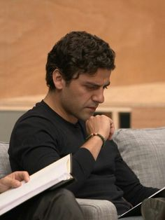 """Oscar Isaac at table reading for """"Star Wars: The Force Awakens"""" Oscar Isaac, Writing Pictures, John Boyega, Pedro Pascal, A Series Of Unfortunate Events, The Force Is Strong, Handsome Actors, Love Stars, Long Time Ago"""