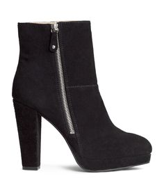 Premium-quality suede boots with high heel, platform, and side zip. High Heel Boots, Suede Boots, Rain Boots, Bootie Boots, High Heels, Platform Boots, Black Booties, Black Shoes, Ankle Booties