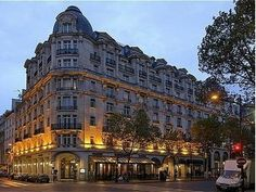 One day I WILL stay here, right on the Champs-Elysees