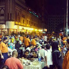 E'erbody iftar-ing. It must still be #Ramadan.