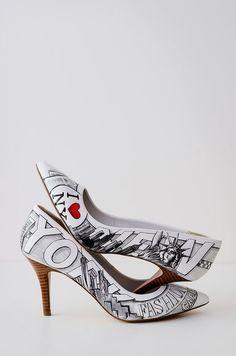 Los zapatos Figgie están disponibles desde 598 USD y se envían a todo el mundo.   Estos sensacionales zapatos de boda harán que quieras casarte