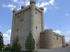 Castillo de Fuensaldaña. Valladolid