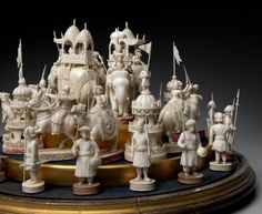 "East India ""John"" Company set, Early to mid-19th c.  Berhampore, India. Ivory. King: 5 1/2 in. Dome: 16 3/4 in. diameter; 13 in. high. Photo © Bruce M. White, 2013."