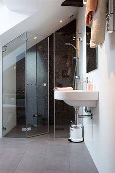 Ravishing Small attic bathroom floor plans,Attic renovation company and Attic bathroom with tub. Attic Shower, Small Attic Bathroom, Upstairs Bathrooms, Loft Ensuite, Loft Bathroom, Bathroom Plumbing, Attic Renovation, Attic Remodel, Loft Room