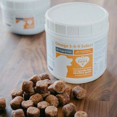 How One Unexpected Ingredient Can Help Ease Dry Skin In Cats #FrozenHomemadeDogTreats