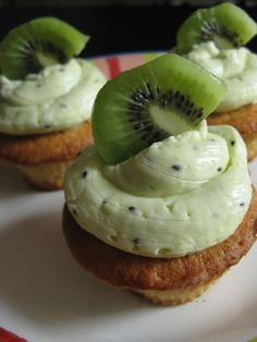 Kiwi vanilla cupcakes with kiwi buttercream frosting~T~ I love kiwi and these really are so good.