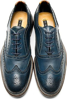 Ps By Paul Smith: Navy Knight Oxford Brogues - these would be awesome with selvedge jeans for business casual Mens Shoes Boots, Leather Shoes, Shoe Boots, Boat Shoes, Men's Shoes, Dress Shoes, Oxford Brogues, Oxfords, Formal Shoes