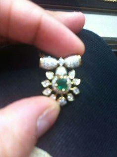 Diamond pendent Gold Jewelry Simple, Trendy Jewelry, Modern Jewelry, Antic Jewellery, Small Necklace, Necklaces, Indian Wedding Jewelry, Western Jewelry, Diamond Pendant