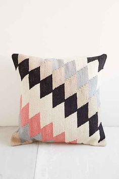 The Throw Pillow Debate | Lows to Luxe
