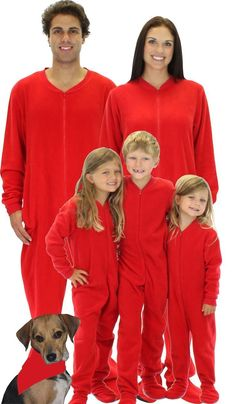 Family matching pjs: Solid red footie pajamas would make a great family photo! Pajamas For Teens, Cute Pajamas, Fleece Pajamas, Comfy Pajamas, Matching Family Christmas Pjs, Matching Family Pajamas, Christmas Ideas, Family Holiday, Holiday Ideas