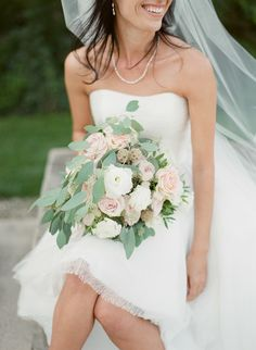 Photography: Greg Finck - www.gregfinck.com Floral Design: Madame Artisan Fleuriste - www.madame-artisanfleuriste.com Wedding Dress: Lis Simon - www.lissimon.com   Read More on SMP: http://www.stylemepretty.com/2016/04/01/fashion-forward-bride-says-i-do-in-a-truly-french-style/