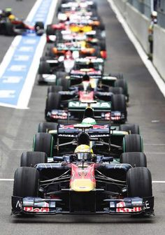 traffic jam in pitlane (and no-one letting hamilton in, hehe)