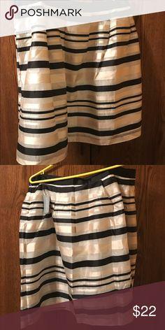 Cream/ black skirt Cream/ black knee length skirt.  Size 2x (new w/ tag) Forever 21 Skirts