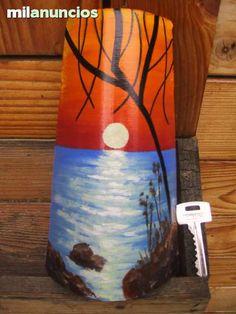 MIL ANUNCIOS.COM - Tejas pintadas. Compra-Venta de artículos de arte y decoración tejas pintadas Glass Painting Patterns, Lighthouse Painting, Native American Pottery, Clay Tiles, Painted Pots, Tile Art, Wood Art, Flower Pots, Decoupage