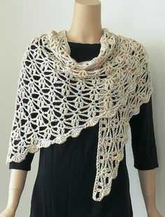 DJC: Triangular Crochet Shawl with Three Variations