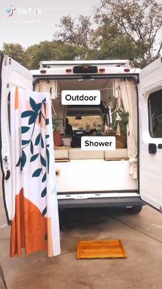 Van Conversion Interior, Camper Van Conversion Diy, Zelt Camping Organisation, Build A Camper Van, Diy Van Camper, Tiny Camper, Kombi Home, Bus Living, Caravan Living