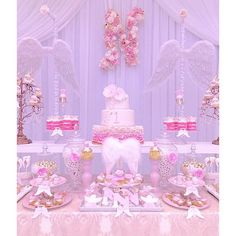I like this theme for my daughter's first birthday party! Girl Birthday Themes, Baby Girl Shower Themes, Girl Baby Shower Decorations, Baby Shower Princess, Baby Shower Brunch, Shower Party, Baby Shower Parties, Christening Themes, Baptism Themes