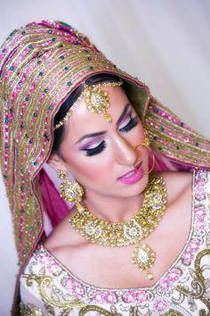 Indian Bride, Indian Wedding, Punjabi Wedding, Pink wedding, Wedding Makeup, Pink and Green wedding, Indian Jewelery