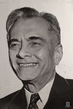 Philippine President in U.SSan Francisco, California.Smiling happily, Manuel Quezon, President of the Philippine Commonwealth is shown after his recent arrival here from Australia with his family and executive staff. President Quezon and his family had to break through the Japanese cordon around the Philippines to journey to Australia. He will see President Roosevelt in Washington. President Of The Philippines, National Language, President Roosevelt, Commonwealth, Timeline, Presidents, Washington, Journey, Australia