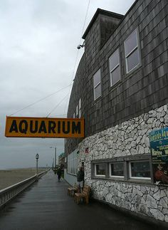 Entrance to Seaside Aquarium in Seaside Oregon
