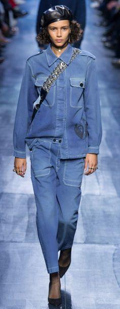 Dior Outono Inverno 2017/18 Paris Fashion Week - Jeans