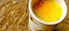 Golden Milk o latte d'oro, è una bevanda a base di curcuma che da tanti benefici all'organismo, grazie alla curcumina, che viene consigliata in caso di cattiva digestione, in caso di disturbi epatici, disturbi mestruali, gonfiori addominali, mal di de ...