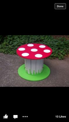 Cable reel - Mushroom for woodland parties