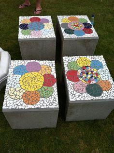 Hart - betonnen bankjes met mozaïek - tegellijm vorstbestendig