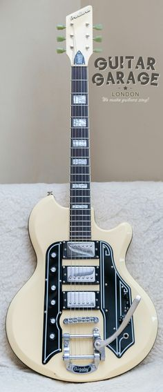 Eastwood Airline '59 Town & Country Deluxe Bigsby