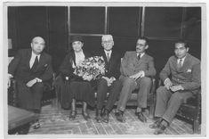 Visor Archivo General Región de Murcia. FM,9549/51 / Visita a Murcia de Gina Lombroso con José Loustau (gafas), rector de la Universidad de Murcia. Mariano Ruiz Funes parece el de la izquierda