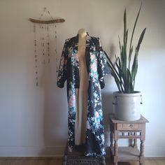 Vintage Japanese Kimono // Robe // Duster
